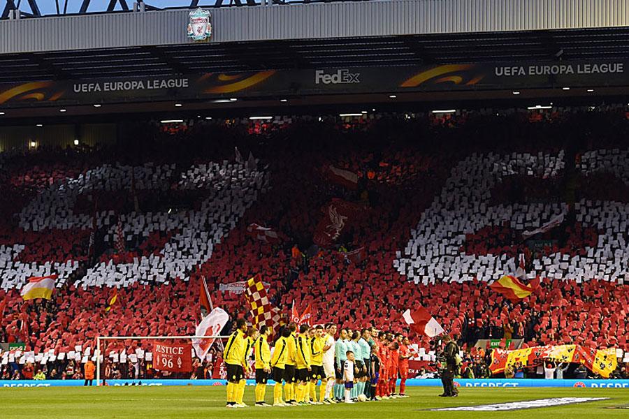 Fans Von Liverpool Und Borussia Dortmund Für Fifa Fan Award